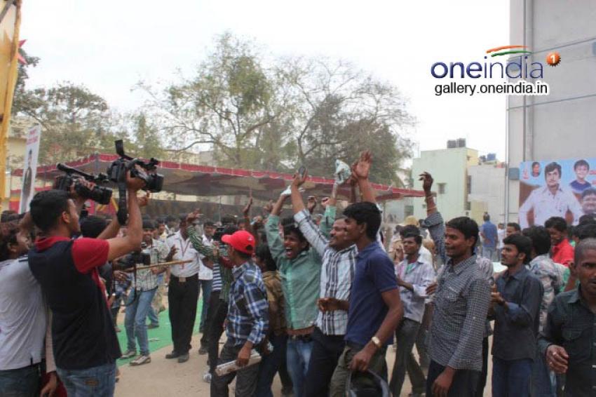 Darshan Celebrates Birthday in Airavata Film Set Photos