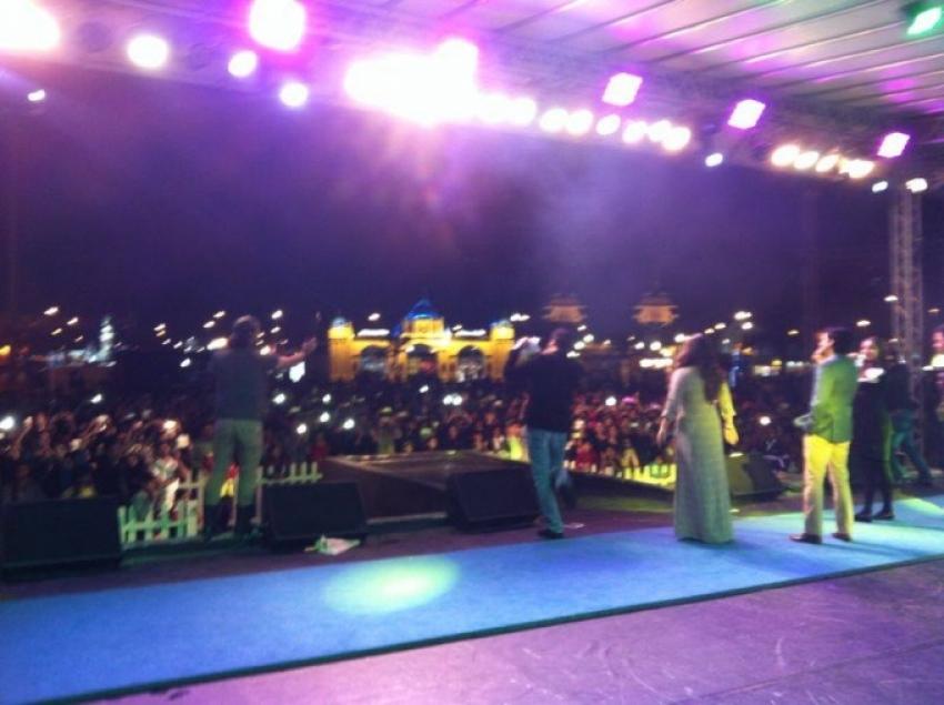 Farhan and Vidya promote Shaadi Ke Side Effects in Dubai Photos