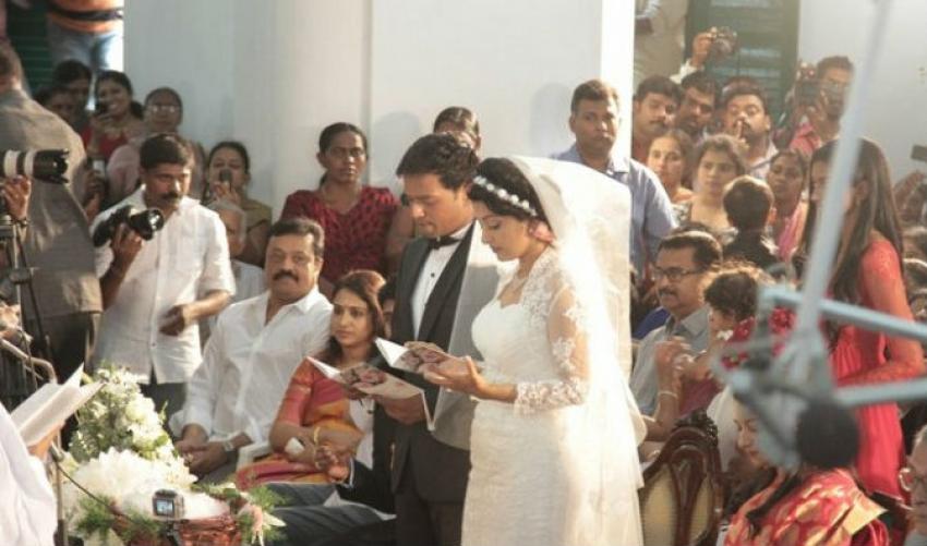 Meera Jasmine Weds Anil John Titus Photos