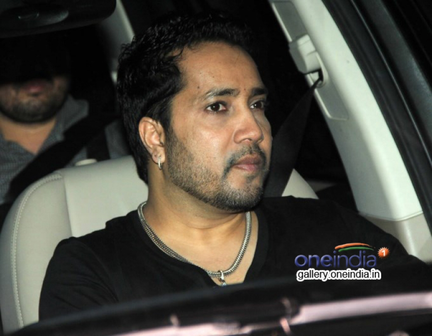 Celebs snapped at Mannat on SRK's party Photos