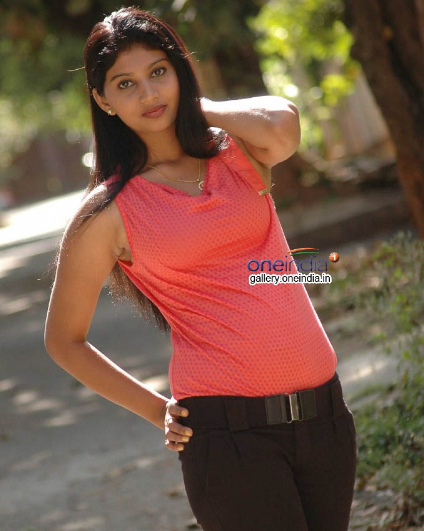 Raksha (Kannada Actress) Photos
