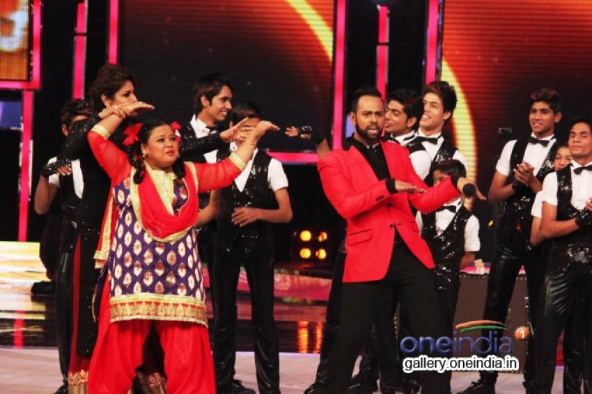 Raveena Tandon On The Sets Of India's Got Talent Season 5 Photos