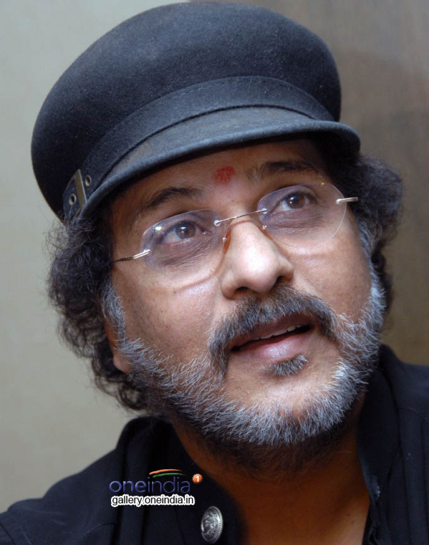 Ravichandran and P. Vasu New Movie Press Meet Photos