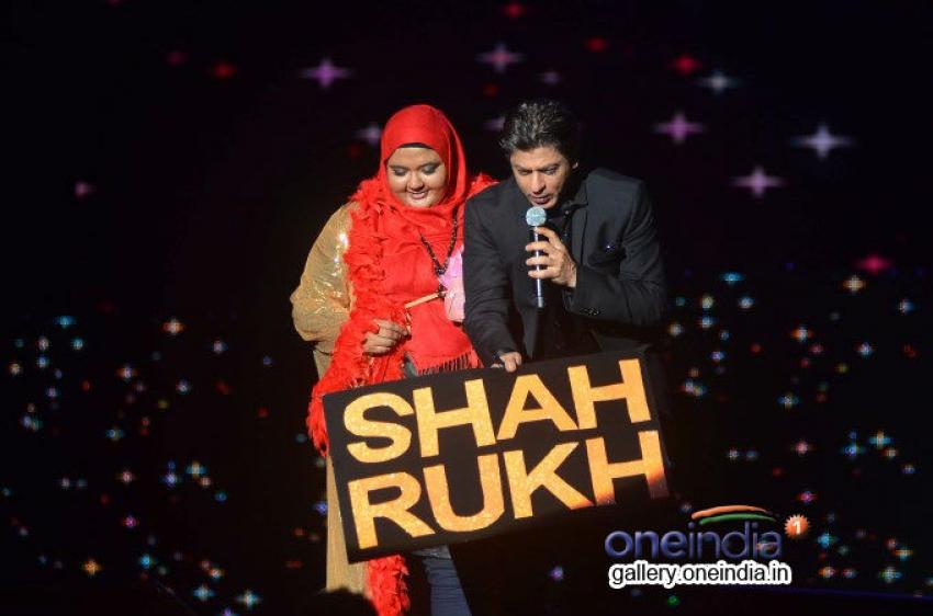 Shahrukh, Rani & Madhuri perform at Temptation Reloaded 2014 Photos