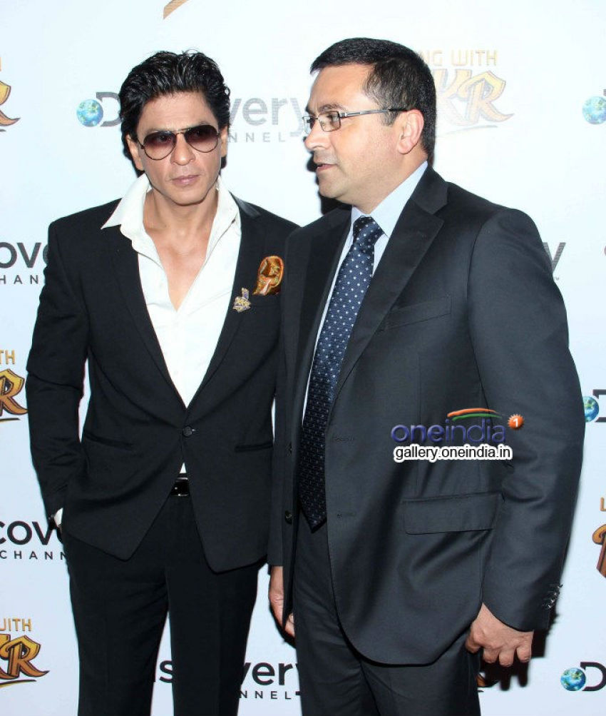 SRK launches Discovery Channel's new show Living with KKR Photos