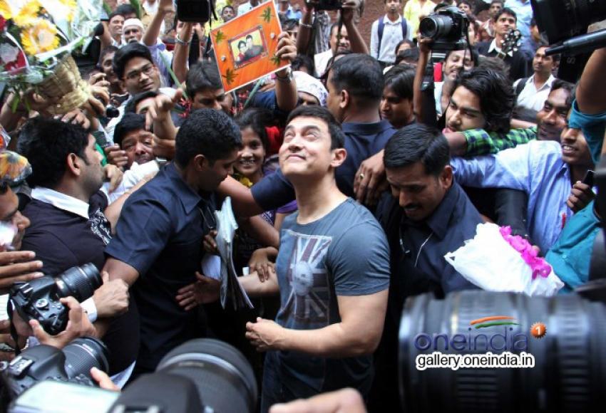 Aamir Khan 49th birthday bash Photos