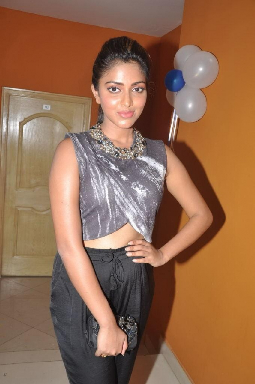 Amala Paul launches Benze Vacation Club Photos