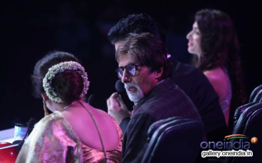 BIG B promote Bhootnath Returns on India's Got Talent 5 sets Photos