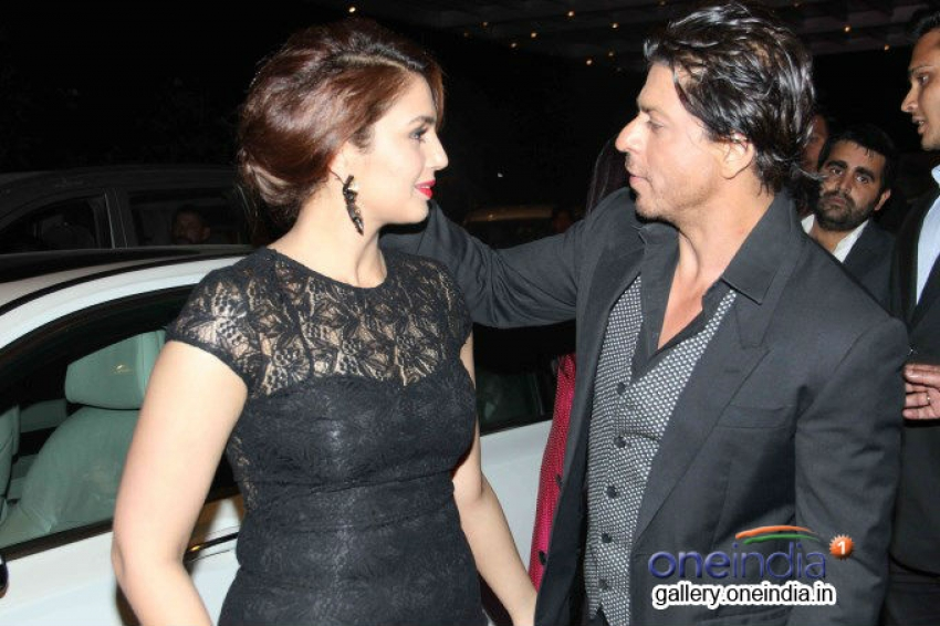 SRK, Priyanka, Madhuri and Sonam at Colors Channel Party 2014 Photos