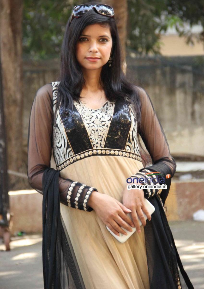 Muhurat of film Dil Aawara Ishq Bechara Photos