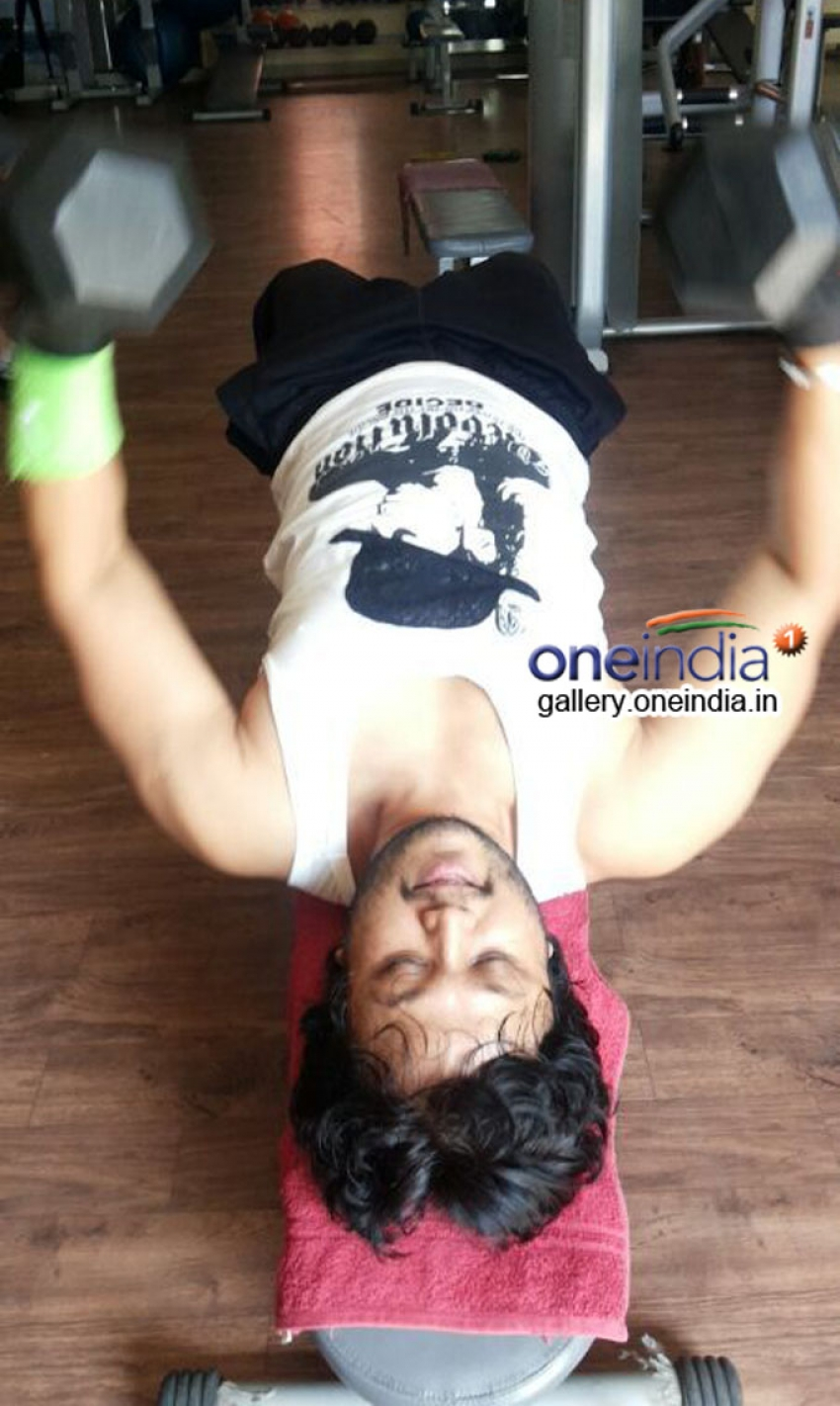 Golden Star Ganesh work out in gym for Dil Rangeela Photos