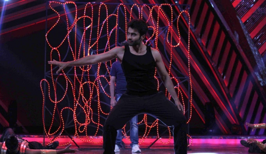 Jackky Bhagnani promote Youngistaan on the sets of Boogie Woogie Photos
