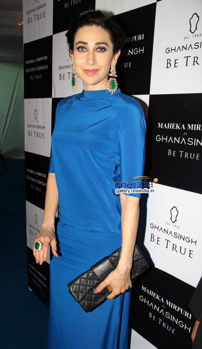 Karisma Kapoor inagurates Be True jewellery store Photos