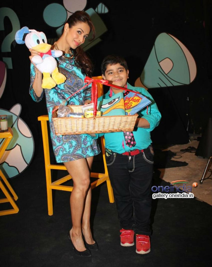 Malaika Arora Khan on the sets of Captain Tiao Photos