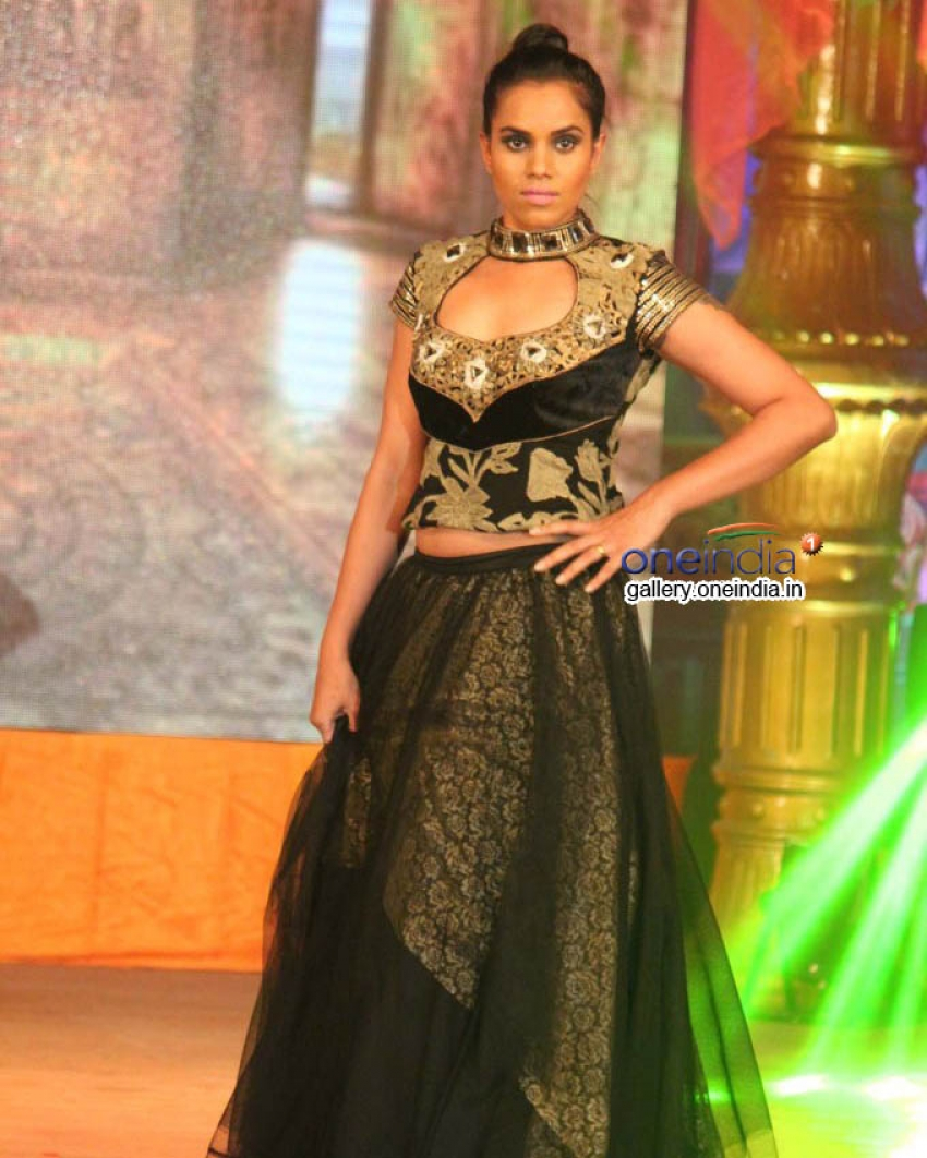 Models Walk on the Ramp at Abhinetri Movie Musical Night Photos