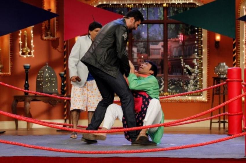 Holi celebration on the sets of Comedy Nights with Kapil Photos