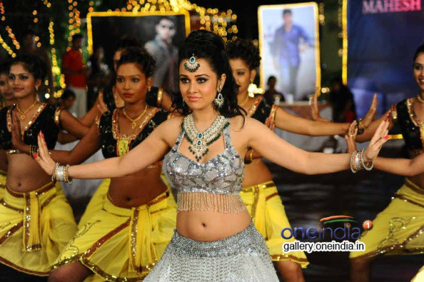 Nuvve Naa Bangaram Photos