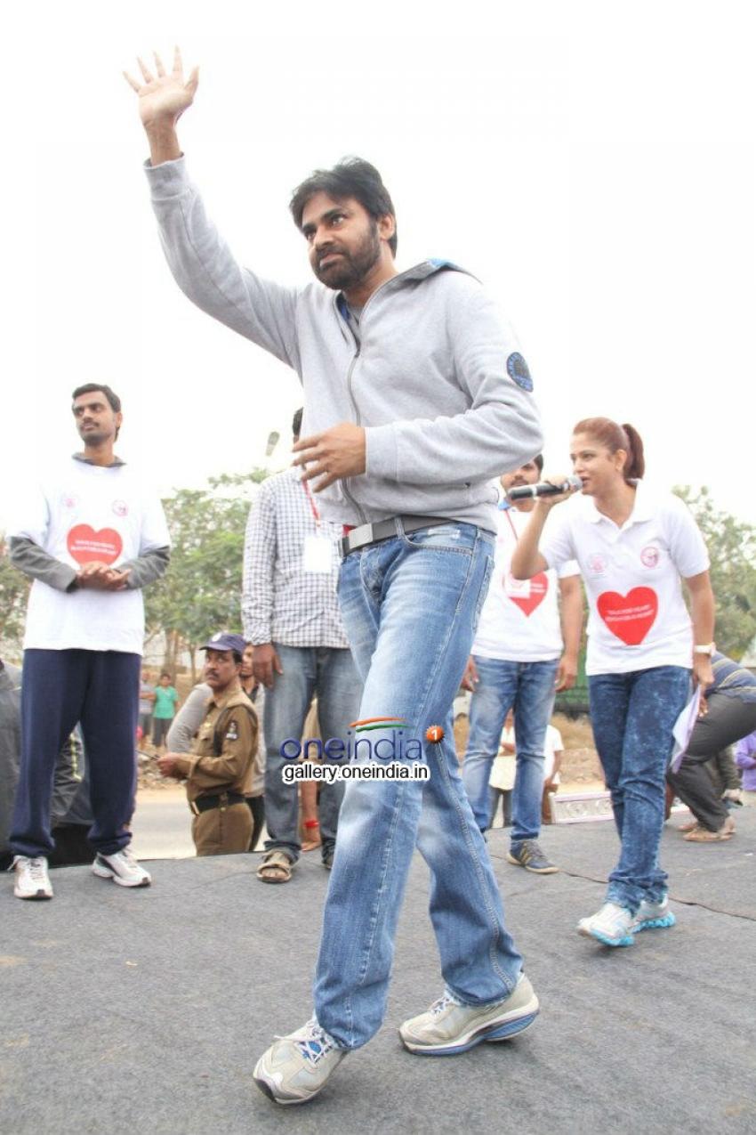 Pawan Kalyan at Walk of Heart for Hrudaya Spandana Foundation Photos