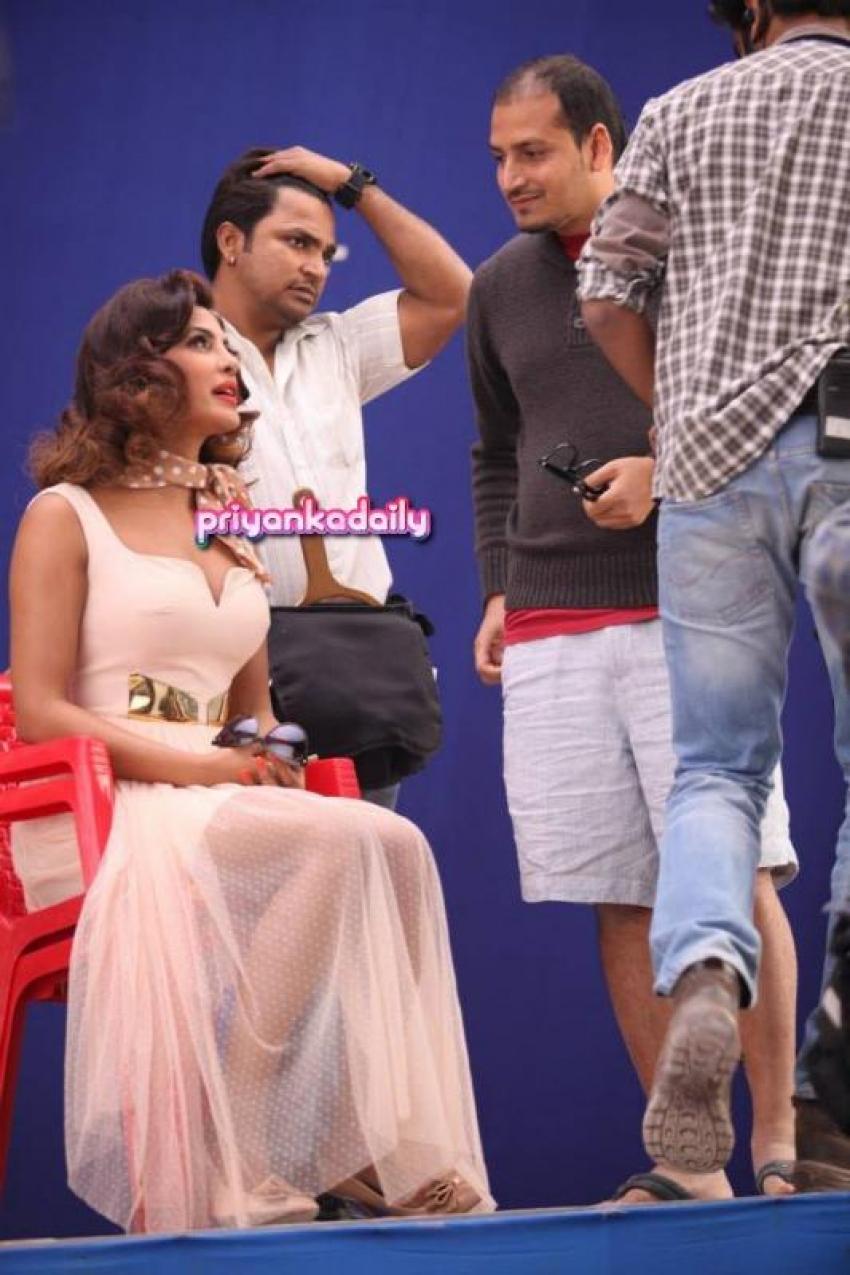 Rajnigandha Ad shoot with Priyanka Chopra Photos