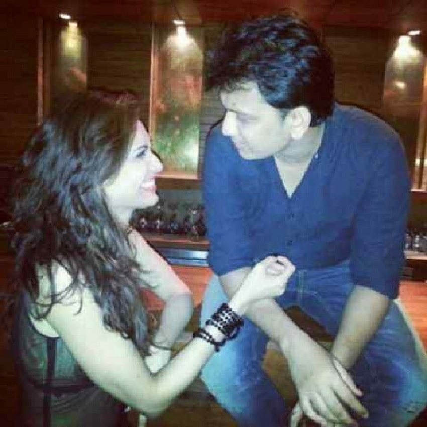 Ritesh and Genelia at Karishma Tanna's Birthday Bash 2014 Photos
