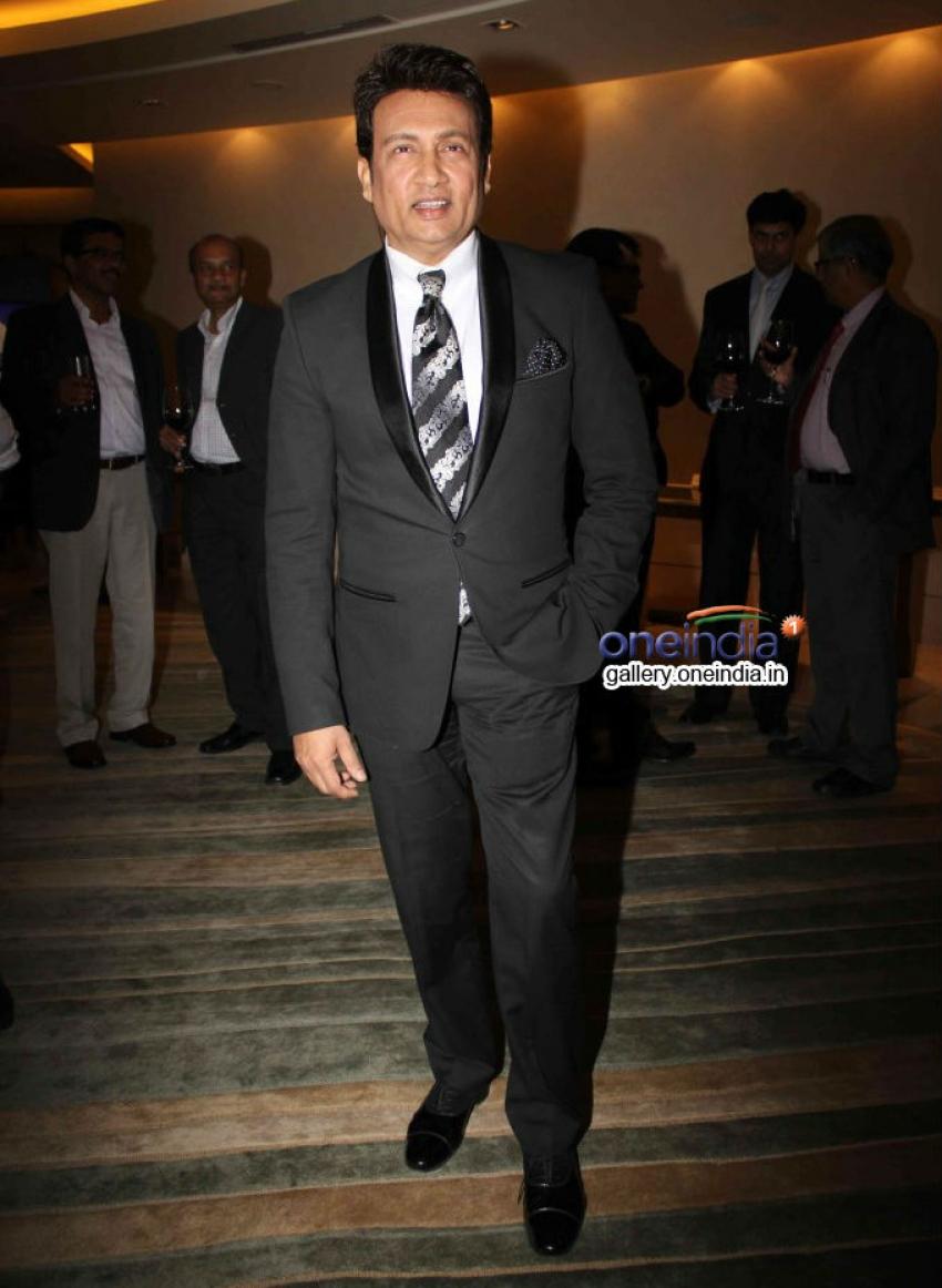 Amitabh Bachchan receives India's Global Icon award 2014 Photos