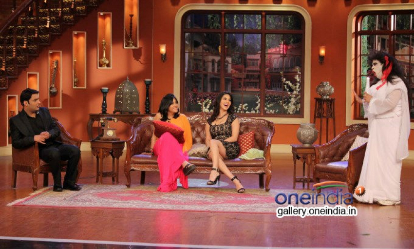 Sunny Leone promote Ragini MMS 2 on Comedy Nights With Kapil Photos