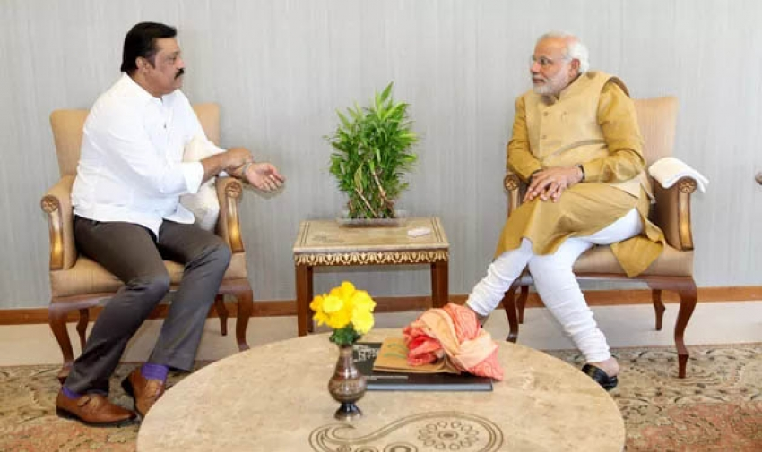 Suresh Gopi meets Narendra Modi Photos