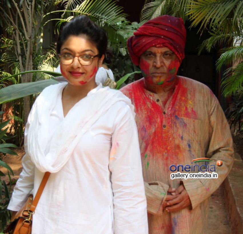 Shabana Azmi and Javed Akhtar's Holi celebration Photos