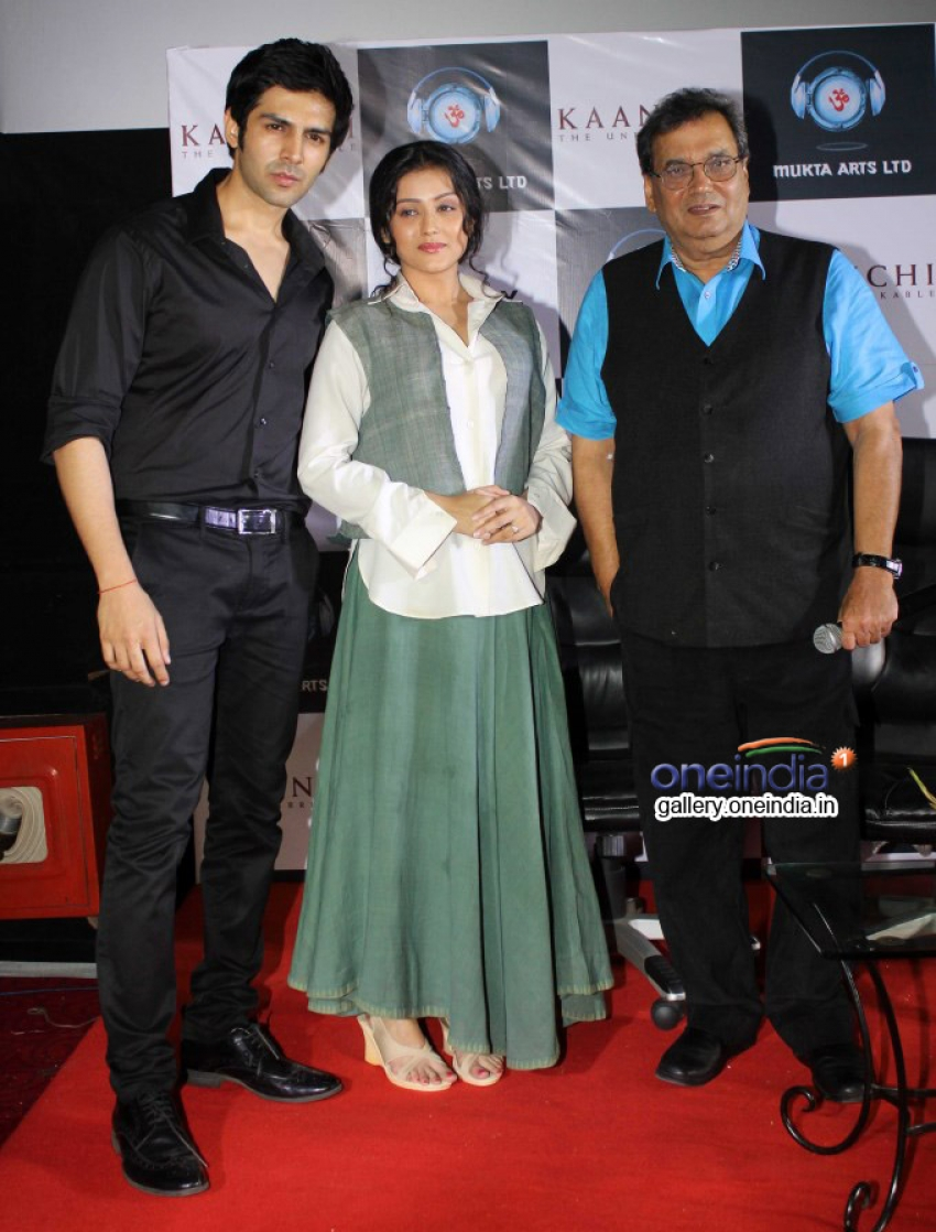 Trailer launch of film Kaanchi Photos
