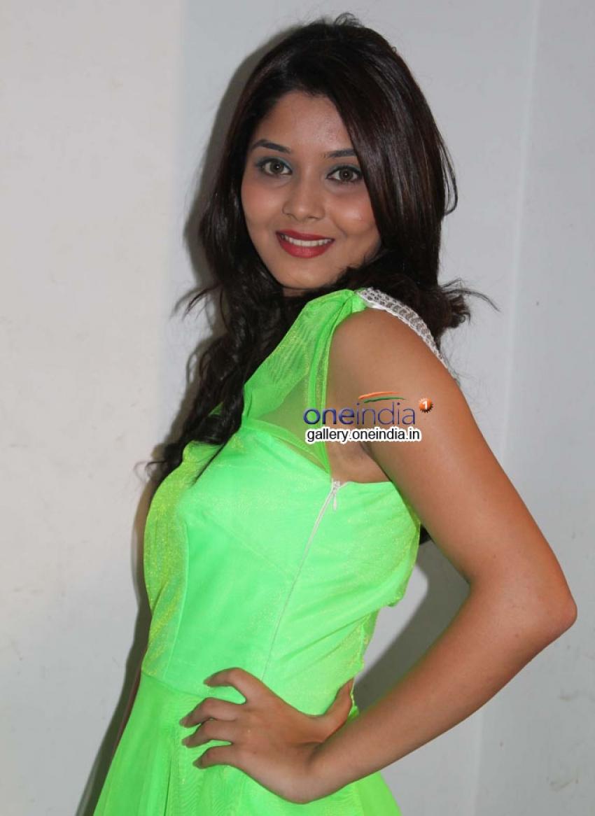 Aishwarya (New Kannada Actress) Photos