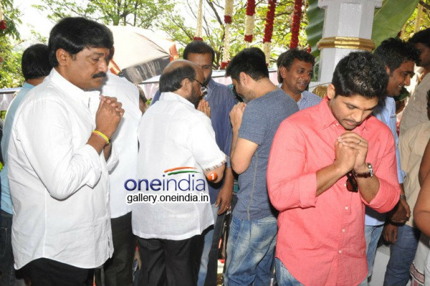Allu Arjun-Trivikram New Movie Launch Photos