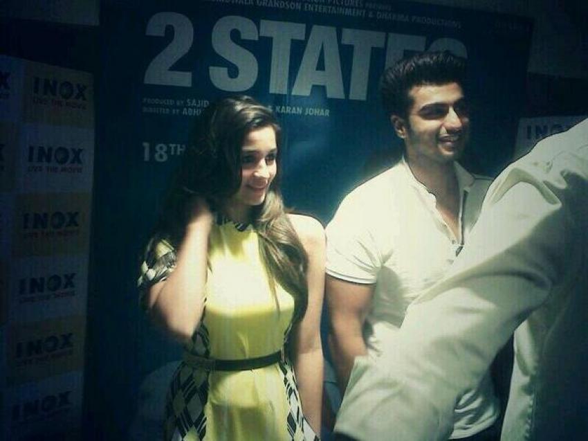 Arjun Kapoor & Alia Bhatt promote 2 States in Kolkata Photos