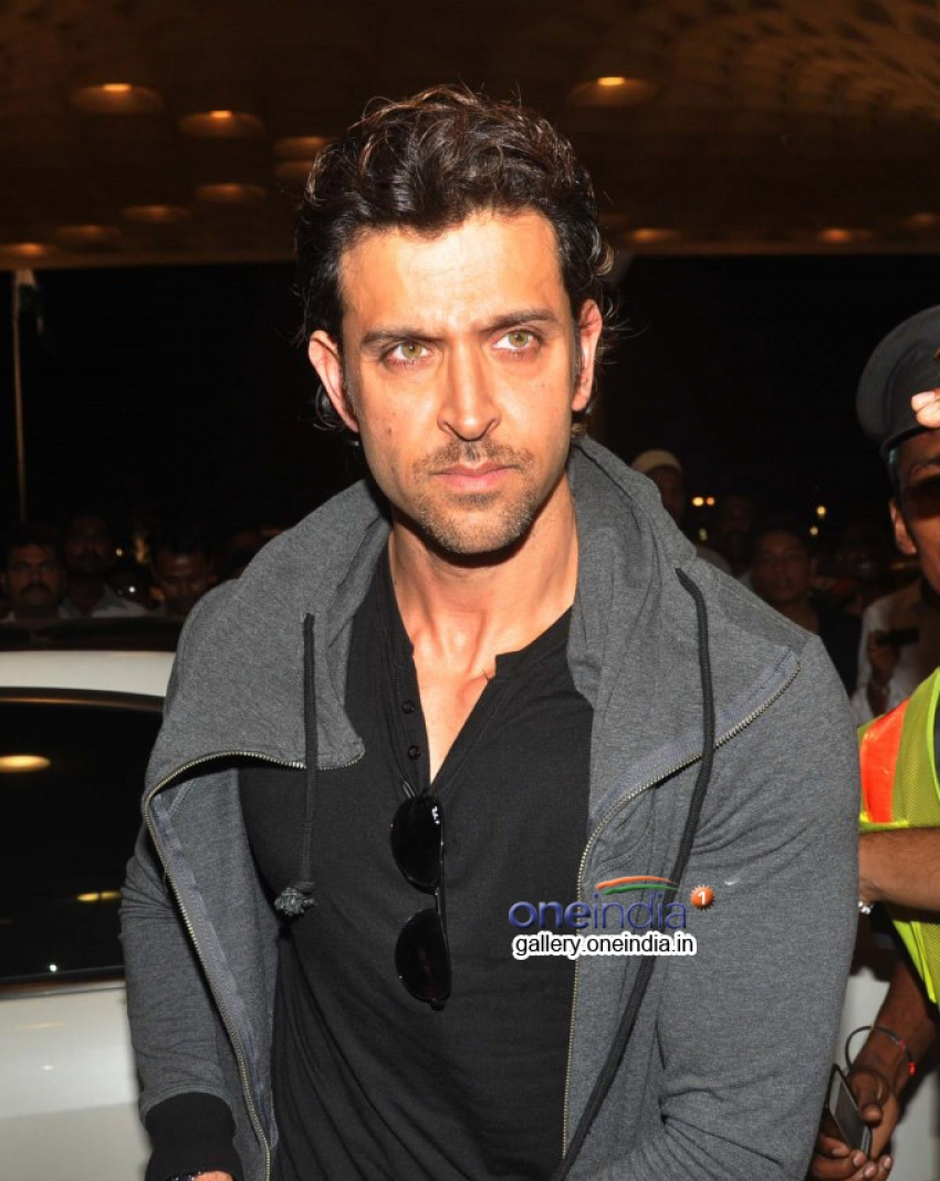 Kareena, Hrithik and Madhuri leaves for IIFA 2014 Photos
