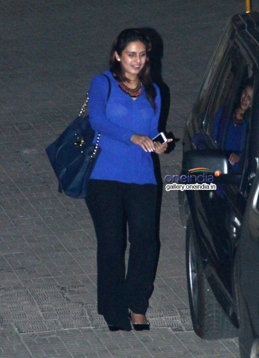 Celebs attends the party at Sanjay Gupta's house Photos