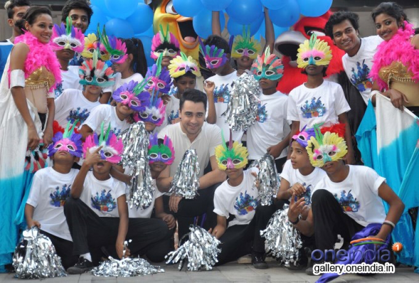 Imran Khan promote Rio 2 at Phoenix Malls Mumbai Photos