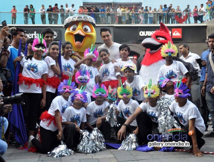 Imran Khan promote Rio 2 at Phoenix Malls Mumbai Photos