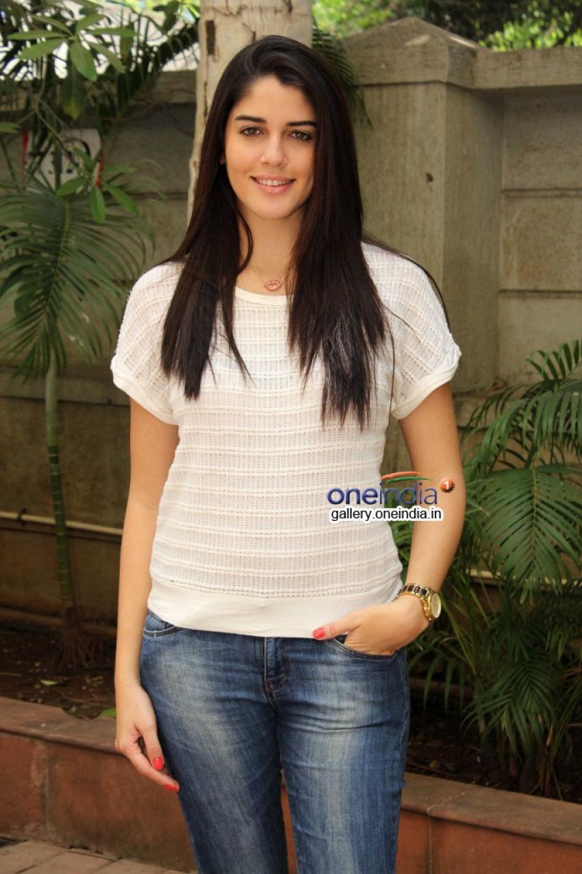 Purani Jeans film promotion at Mumbai Radio Stations Photos