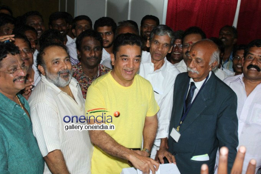 Kamal Casting his vote in Film Chamber Elections Photos