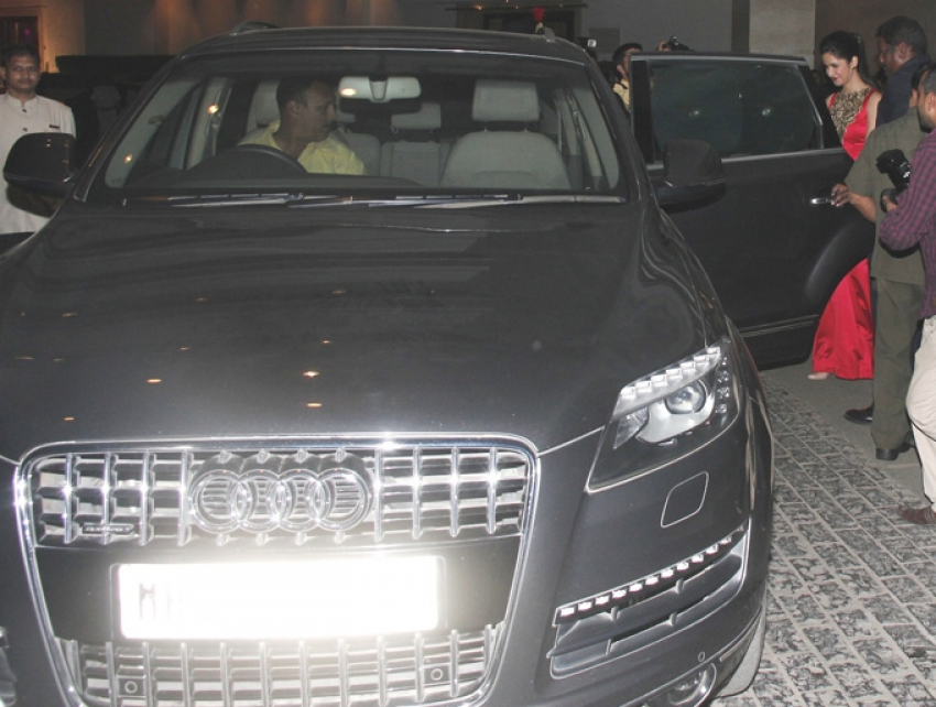 Katrina Kaif snapped with her Audi Q7 car Photos