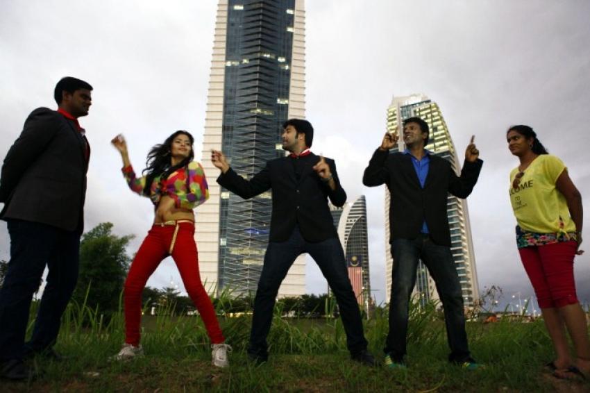 Love in Malaysia Photos