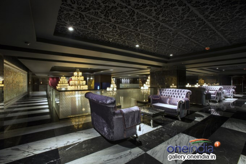 Luxe Cinemas at Phoenix Market City Mall Chennai Photos
