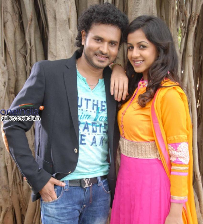 Paravashanadenu Movie Launch Photos