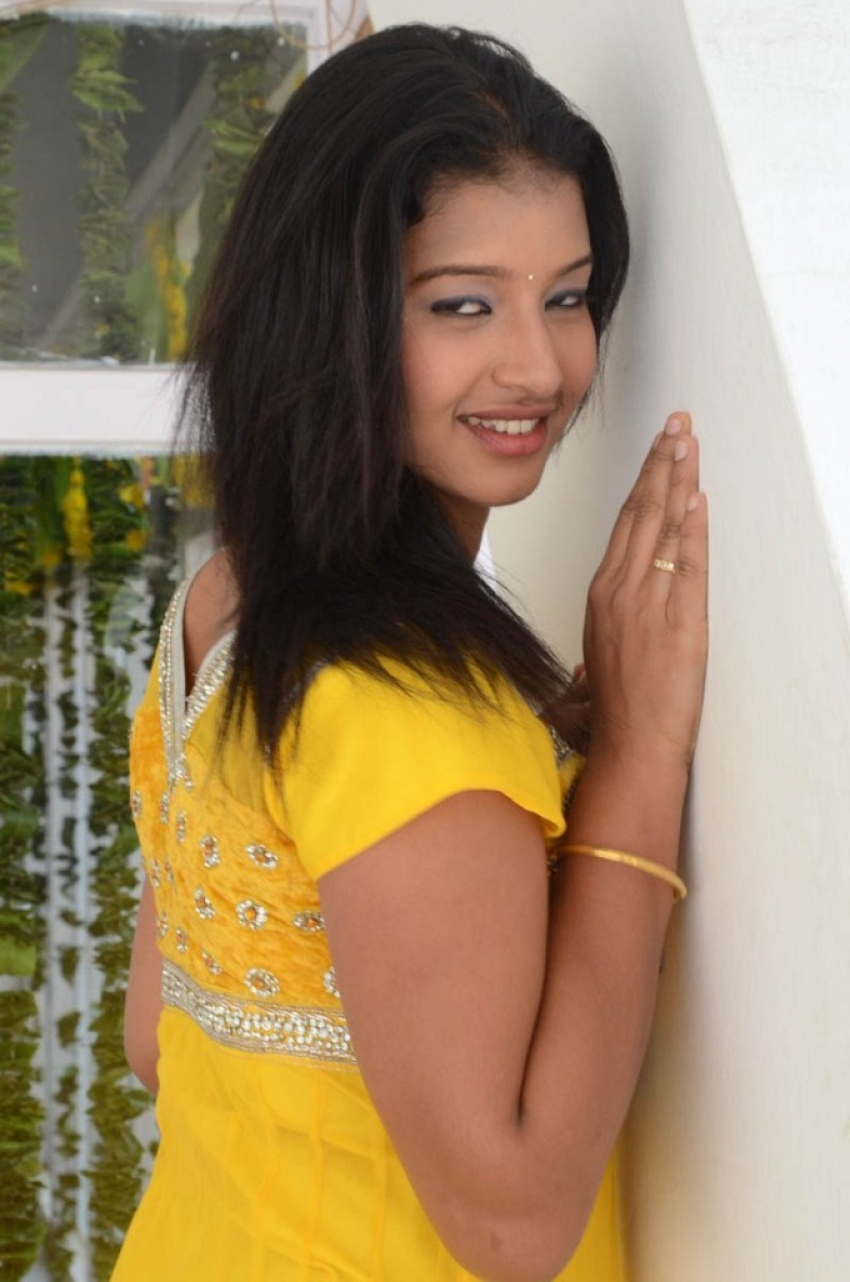 Pragnya Photos