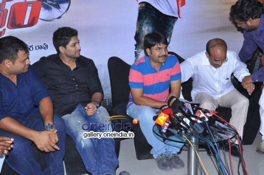 Race Gurram Press Meet Photos