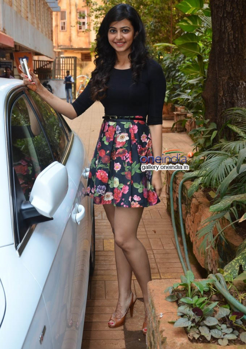 Rakul Preet Singh supports Let's Be Well Red campaign Photos