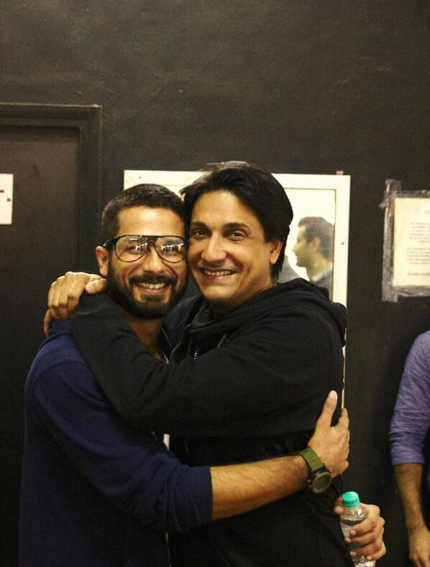 Shahid Kapoor gets emotional at his brother's graduation Photos