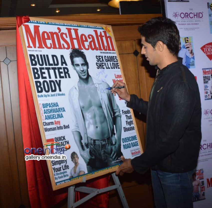Sidharth Malhotra unveils Men's Health magazine's cover Photos