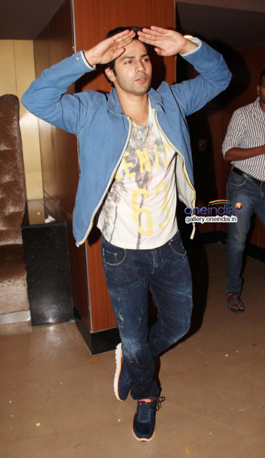 Varun Dhawan meet his fans at PVR Juhu Photos