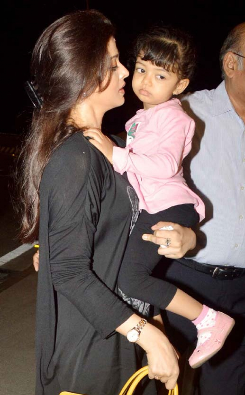 Ranvir Shorey, Aishwarya Rai & Aaradhya Leaves to Cannes Film Festival 2014 Photos