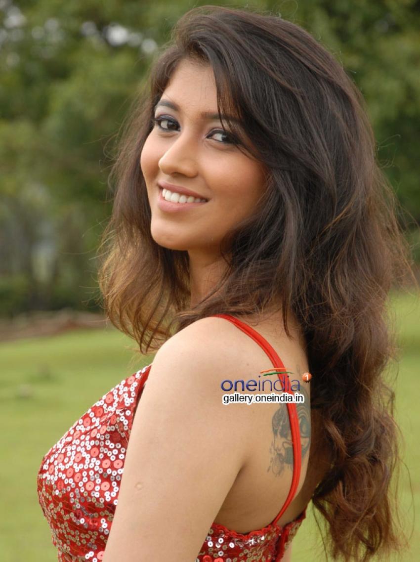 Akila Kishor Photos